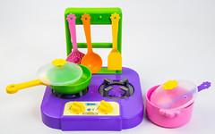"""Набор посуды """"Ромашка"""" с плиткой 7 предметов"""