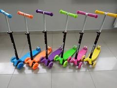Самокат Maxi Scooter детский трехколесный С РЕГУЛИРУЕМОЙ ручкой, голубой, фиолетовый, розовый, оранжевый, салатовый, желтый