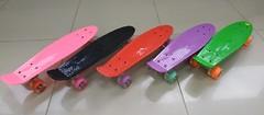 Пенни борд, светящиеся колеса (розовый, черный, зеленый, фиолетовый, красный)